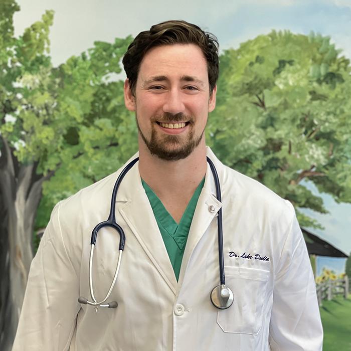 https://cdn.bakemorepies.com/wp/avg_lineberger/uploads/2021/07/Dr-Luke-Devlin.jpg